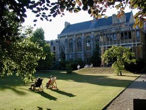 The garden at Balliol College, Hitchens' alma mater.