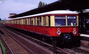 A pre-World War II S-Bahn train.